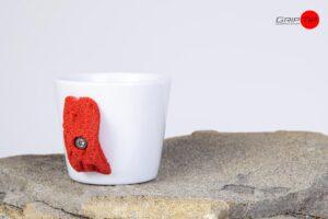 Espresso Klettertasse mit Klettergriff Rot